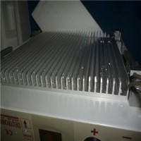 Deutronic电池DVC453-48/80-24技术参考